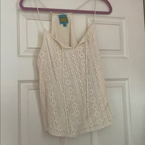 California Drean lace top